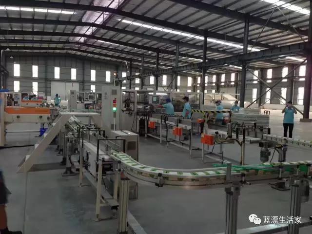工厂生产现场